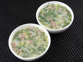 Russian cold vegetable soup on yogurt (sour-milk) base - okroshka — Stok fotoğraf
