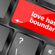 Wording love has no boundaries on computer keyboard key — Stock Photo #39167369