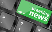 Breaking news button on computer keyboard pc key — Stock Photo