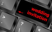 Wedding invitation word button on keyboard key — Foto de Stock