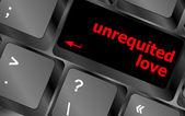Unerwiderte liebe auf taste oder anzeigen von internet-dating-konzept — Stockfoto