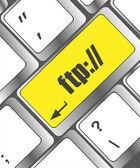 Clavier d'ordinateur avec fond de technologies clés, ftp — Photo