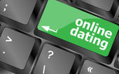 A keyboard with a online dating button - social concept — Stockfoto