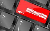 Outsourcing-knappen på datorn klaviatur nyckel — Stockfoto