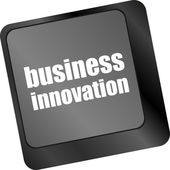业务创新 — — 在计算机键盘上的经营理念经营理念 — 图库照片
