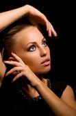 Garota sexy com maquiagem agressiva — Fotografia Stock