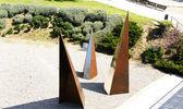Sculptures in gardens Collblanc — Stock Photo