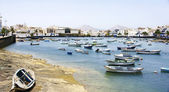 Port and fishing boats in Arrecife — Stock Photo