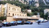Building station of the zippered at the Monastery of Montserrat — Stock Photo