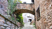The buildings, the streets and alleys of the Middle Ages in Mura — Stock Photo