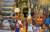 Showcase of musical instruments — Foto de Stock