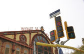 Traffic lights near st. Antony Market building — Stock Photo