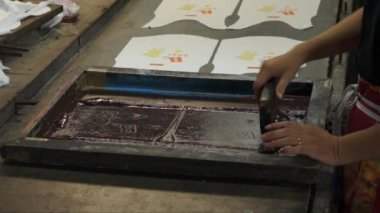 Manual silk screening. — Stock Video