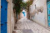 Narrow street in Sousse — Стоковое фото