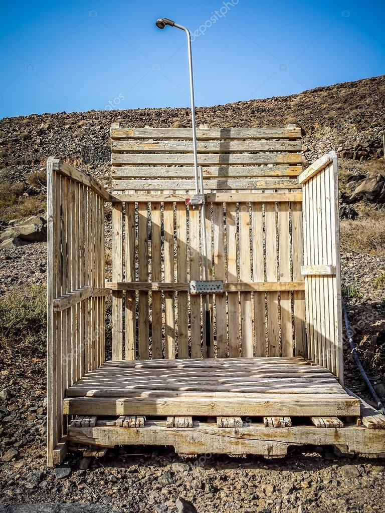 Douche ext rieur photo 34832351 - Douche exterieure bois ...