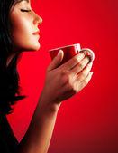 Bella dama bebiendo café — Foto de Stock