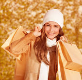 Portrait of shopper girl — Stock Photo
