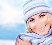 Cute girl wearing warm beanie — Stock Photo
