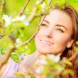 Woman's portrait in spring time — Stock Photo