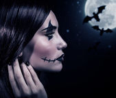 Terrifying witch in Halloween night — Stock Photo