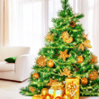图库照片: Christmas tree at home