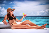 Relaxation on the beach — Stock Photo