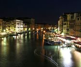 Canal in Venice at night — Stock Photo