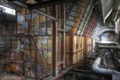 Stary opuszczony Piece w hali — Zdjęcie stockowe