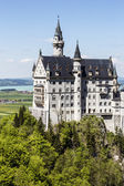 Soaring architecture of the Neuschwanstein Castle — Stock Photo