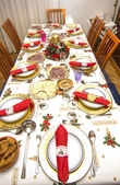 Elegant Christmas table decorated with typical and colorful obje — Stok fotoğraf