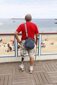 Person with artificial leg — Stock Photo