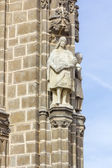 Person statue decorating the Cathedral of Toledo — Stockfoto