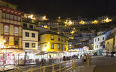Night view of the tourist fishing village of Cudillero, Spain — Stockfoto
