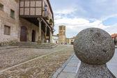 Decorative ball tops in the Plaza de la Villa, Arevalo, Spain — Foto de Stock