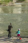 TOLEDO,SPAIN - APRIL 20:day of family fishing in the river Tajo  — Stock Photo