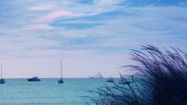 Vista por do sol de ibiza mar de formentera baleares ilhas mediterrânicas — Vídeo Stock