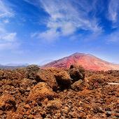 Montaña lanzarote montana bermeja rojo — Foto de Stock