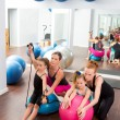 Aerobics pilates women kid girls personal trainer — Stock Photo #13299100