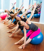 Pilates aerobic women group with stability ball — Stockfoto