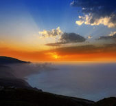 La Palma muntains sunset with orange sun — Stock Photo