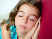 Beautiful brunete kid girl sleeping hands together — Stock Photo