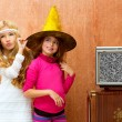 Children 70s two kid friend girls in retro party - Foto Stock