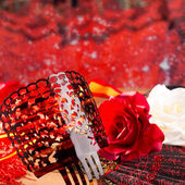 Flamenco comb fan and roses typical from Spain Espana — Stock Photo