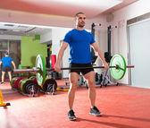 Crossfit fitness musculação ginásio barra treino homem — Foto Stock