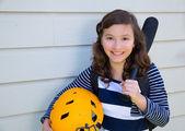Hermosa chica adolescente retrato sonriente — Foto de Stock