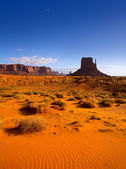 Monument West Mitten Butte in morning Utah — Stock Photo