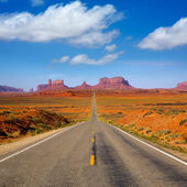View from US 163 Scenic road to Monument Valley Utah — Stock Photo