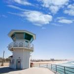 Huntington beach main lifeguard tower Surf City California — Stock Photo