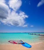 Ibiza formentera ses illetes playa con olas de viento — Foto de Stock