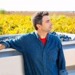 Mediterranean vineyard farmer harvest cabernet sauvignon — Stock Photo #34419137